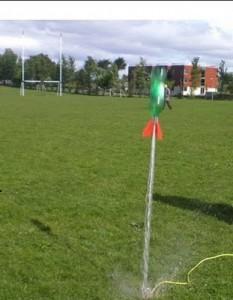 Waterrocket lancering