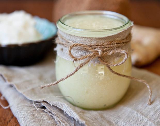 Ginger-Coconut-Oil-Sugar-Body-Scrub-top-620x488
