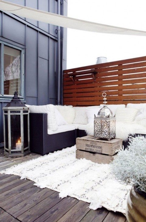 The-Everygirl-Summer-Outdoor-Space-Get-Comfortable