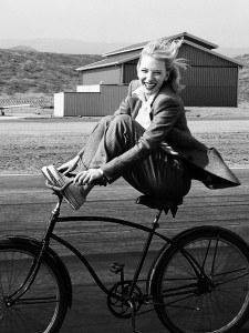 lachen op fiets